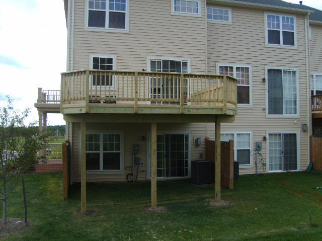 New deck for Bristow townhouse